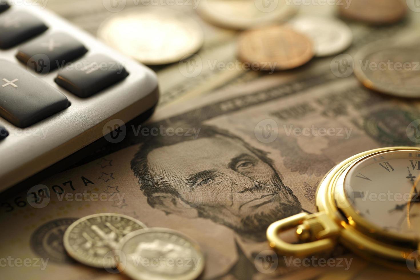 tijd en geld. gouden toon. close up - stock beeld foto
