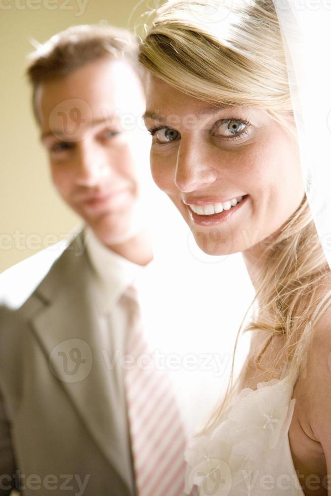 bruid en bruidegom, lachend, portret, close-up foto