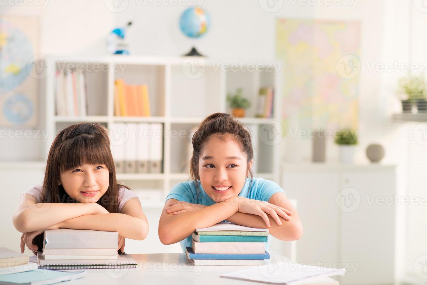 Vietnamese schoolmeisjes foto