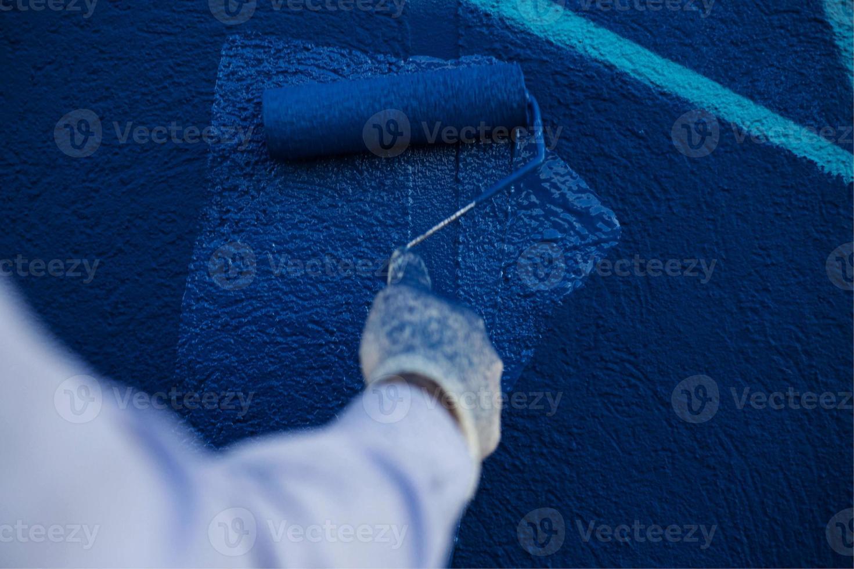 het proces van het maken van graffiti foto