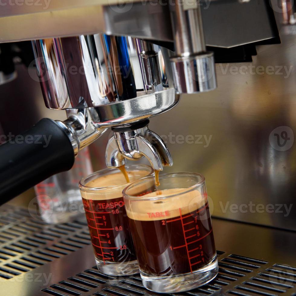 proces van bereiding van koffie foto