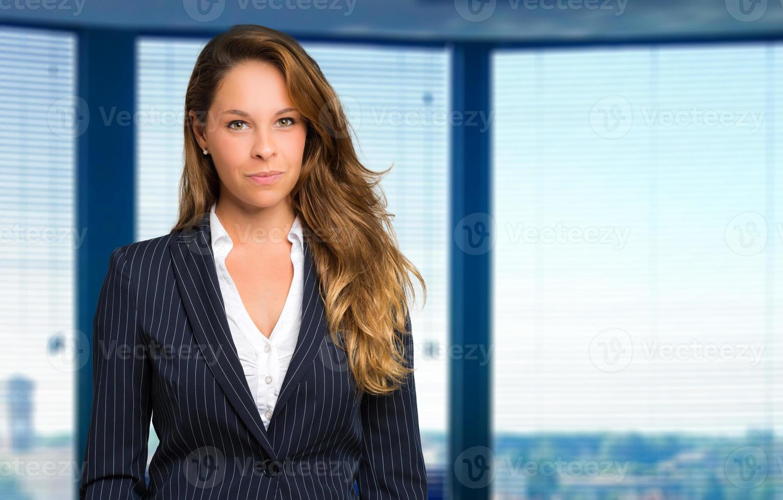 blonde zakenvrouw portret foto
