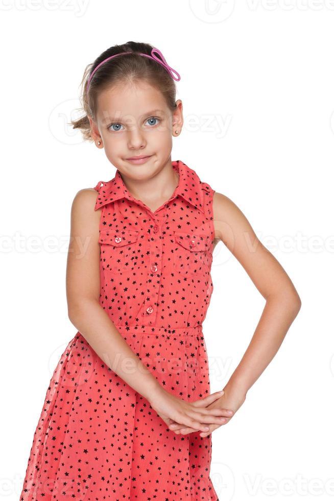 glimlachend schattig klein meisje foto