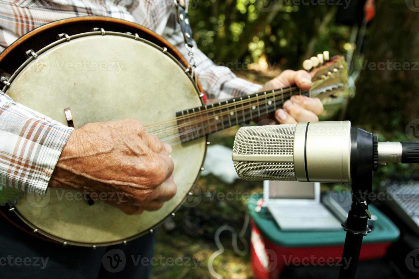 close up van een banjo foto