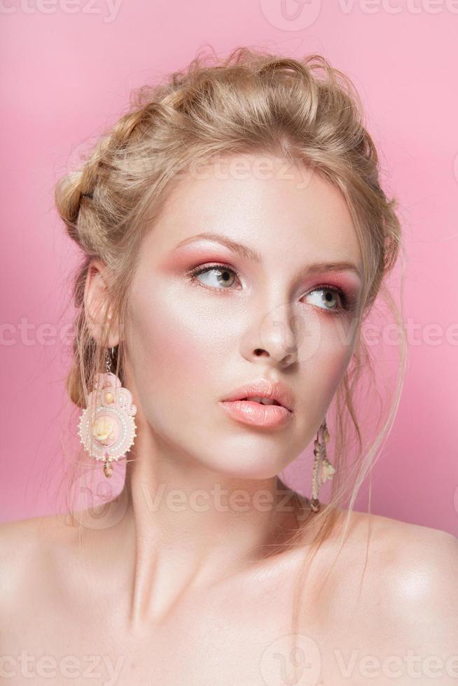 blond haar schoonheid vrouw portret foto
