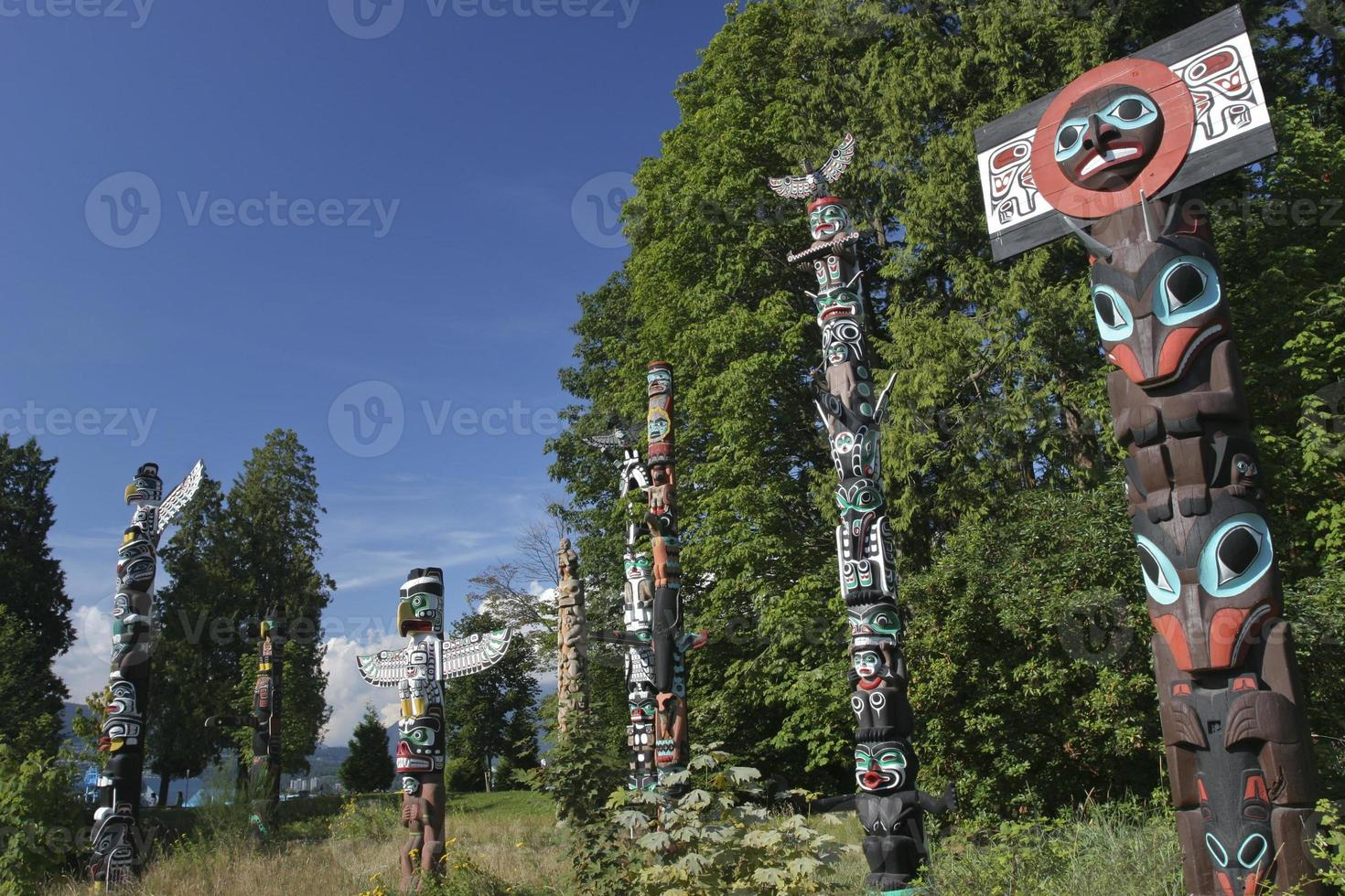 totempalen in Stanley Park, BC Vancouver foto