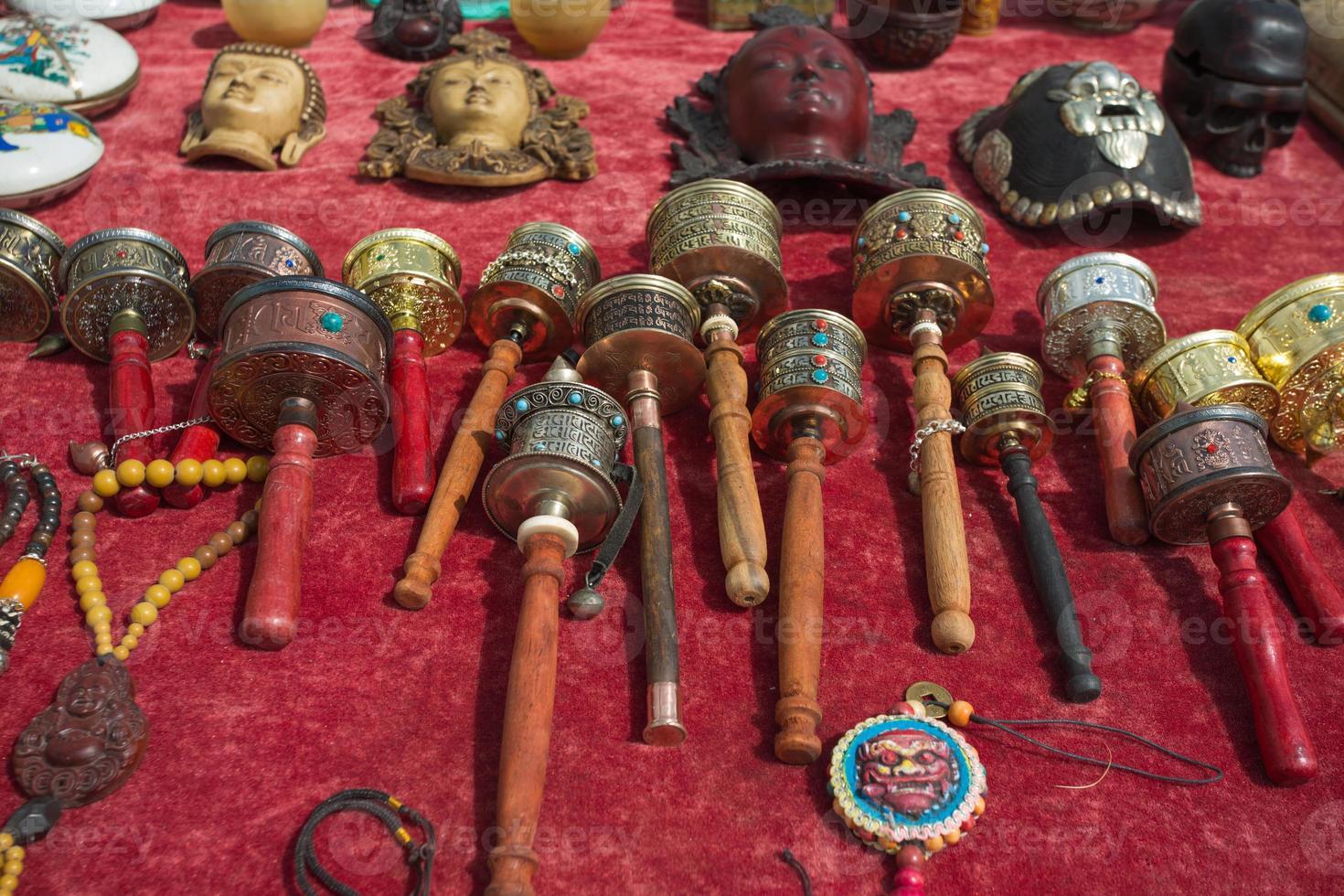 boeddhistische gebedsmolens te koop foto
