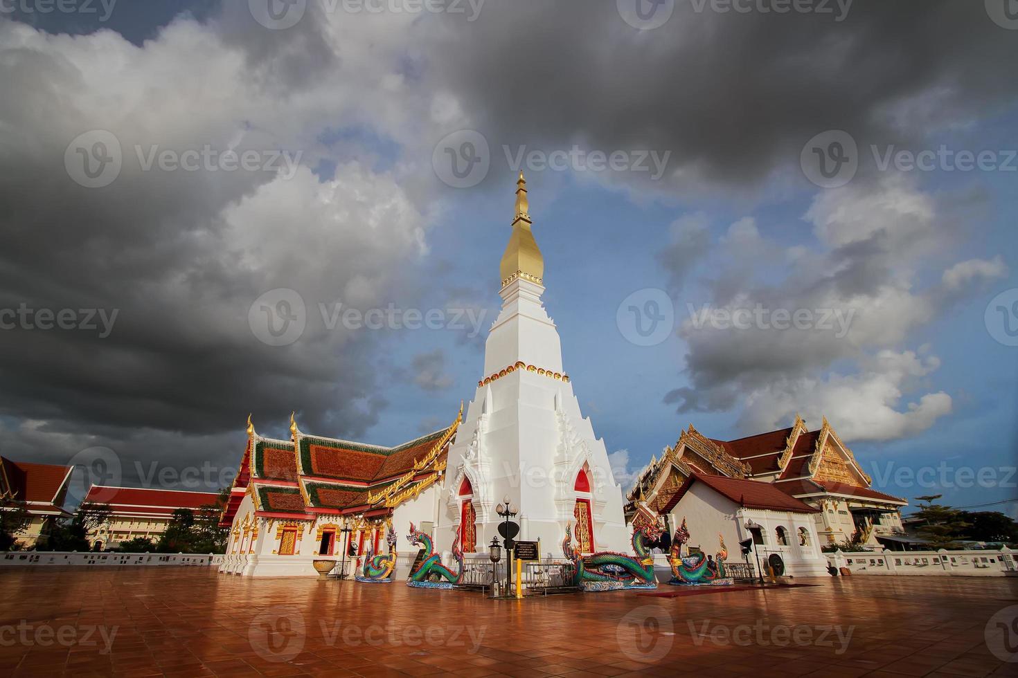 wat pratat choeng vriend, sakonnakorn, Thailand foto