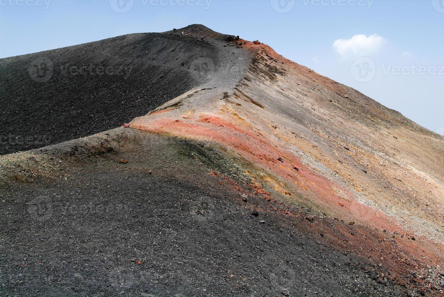 vulkaan van de Etna op Sicilië foto
