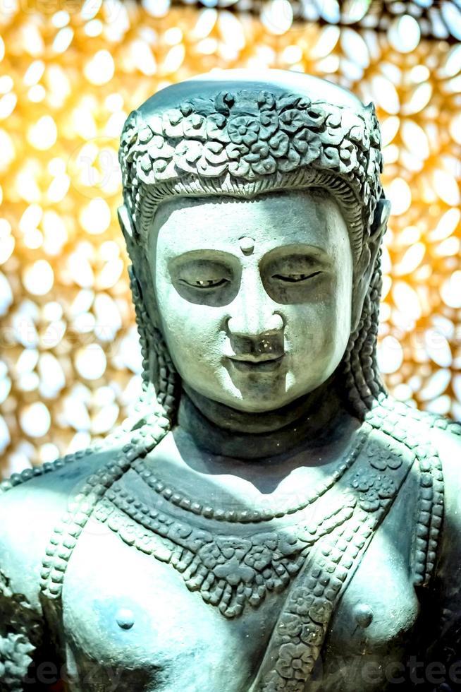 Aziatische dame sculptuur foto
