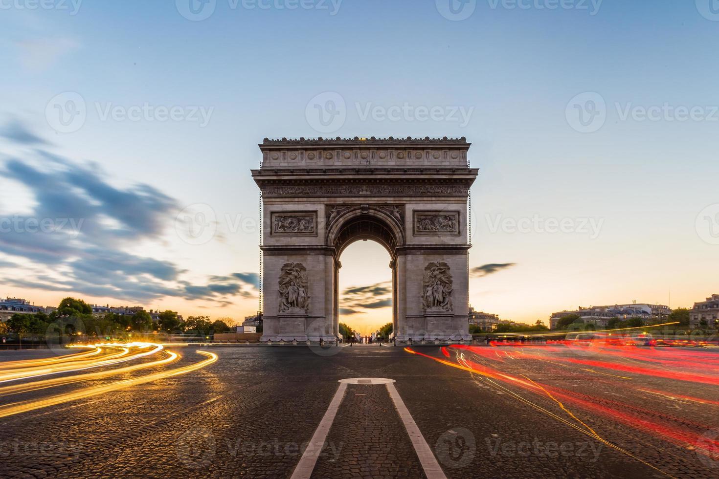 arc de triomphe parijs foto