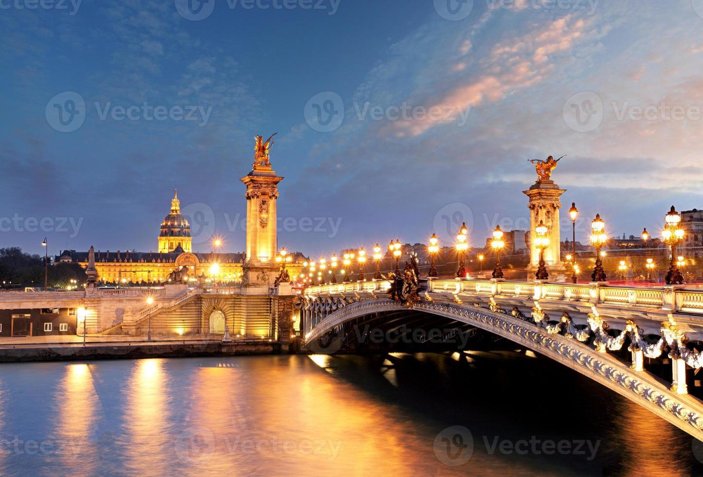 alexandre 3 bridge, paris, frankrijk foto