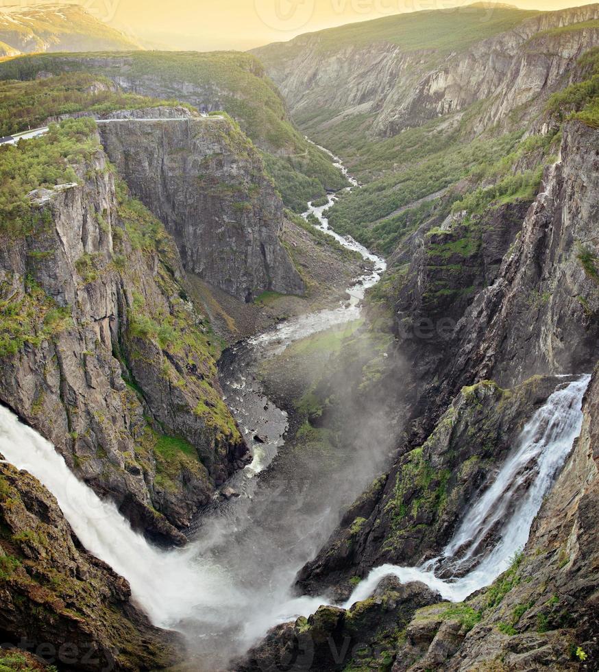 voringsfossen waterval foto