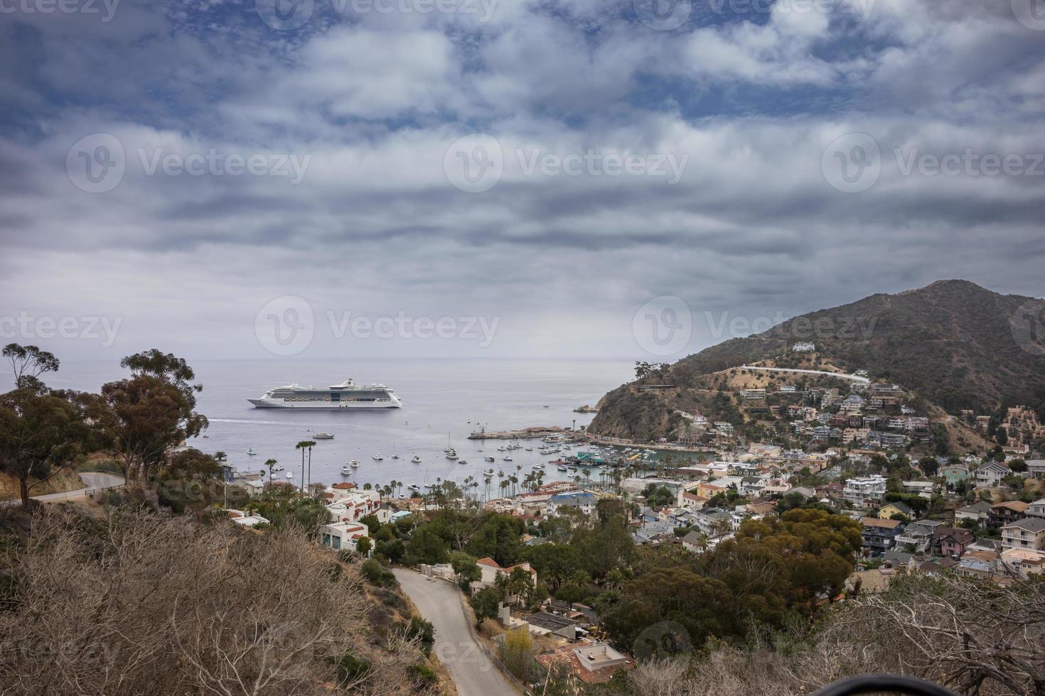 cruiseschip op het eiland santa catalina foto