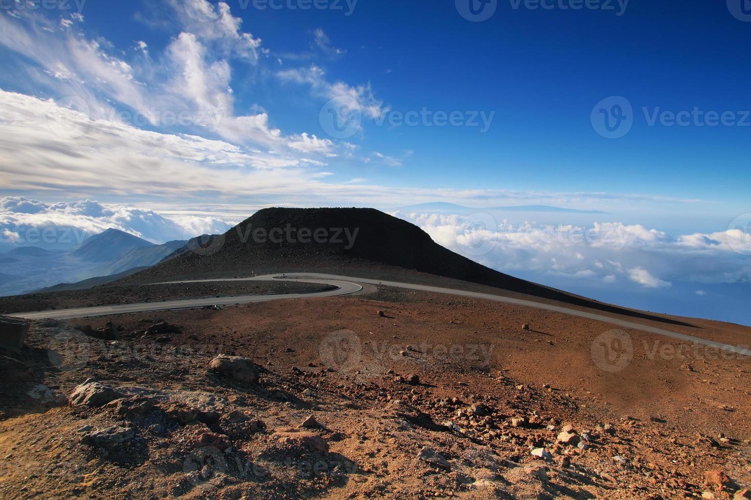 weergave van groot eiland op de achtergrond foto