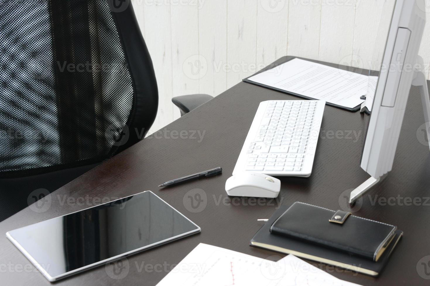 bedrijfsconcept, balie in kantoor zonder persoon foto