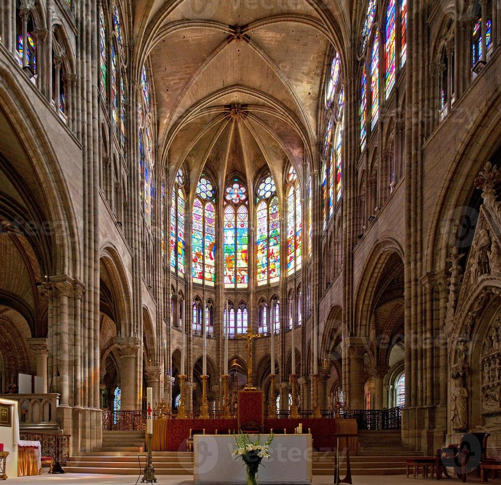 Basilica of Saint Denis (Basilique Royale de Saint-Denis) 6 (Parijs, Frankrijk) foto