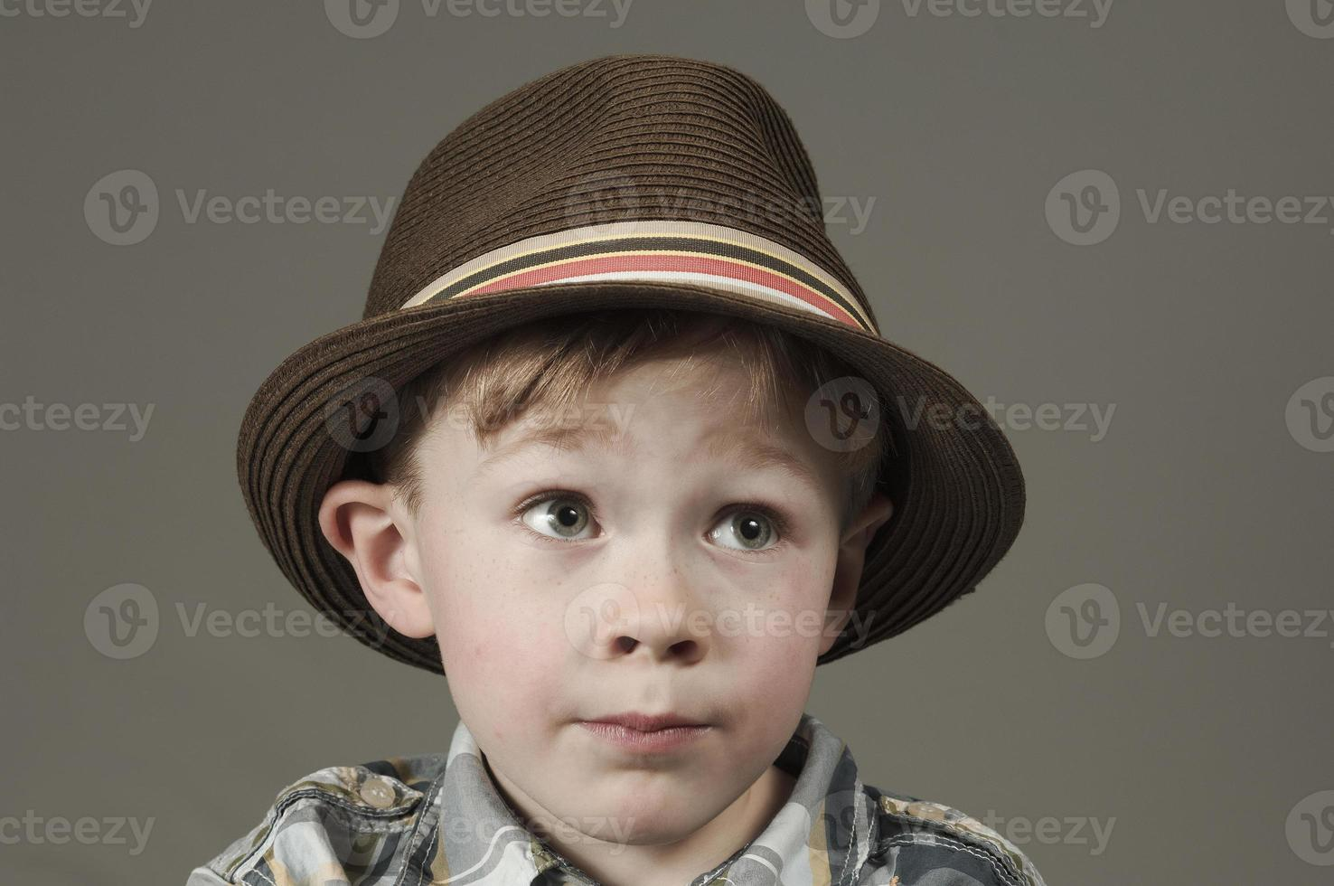 kleine jongen met ambities foto