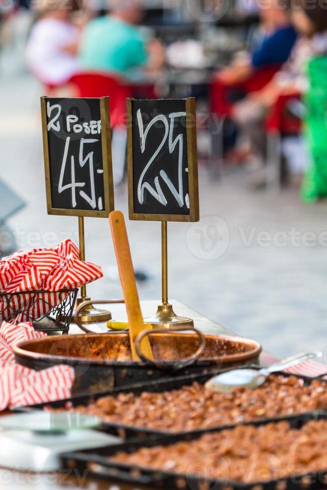 traditioneel straatvoedsel in Kopenhagen, Denemarken foto