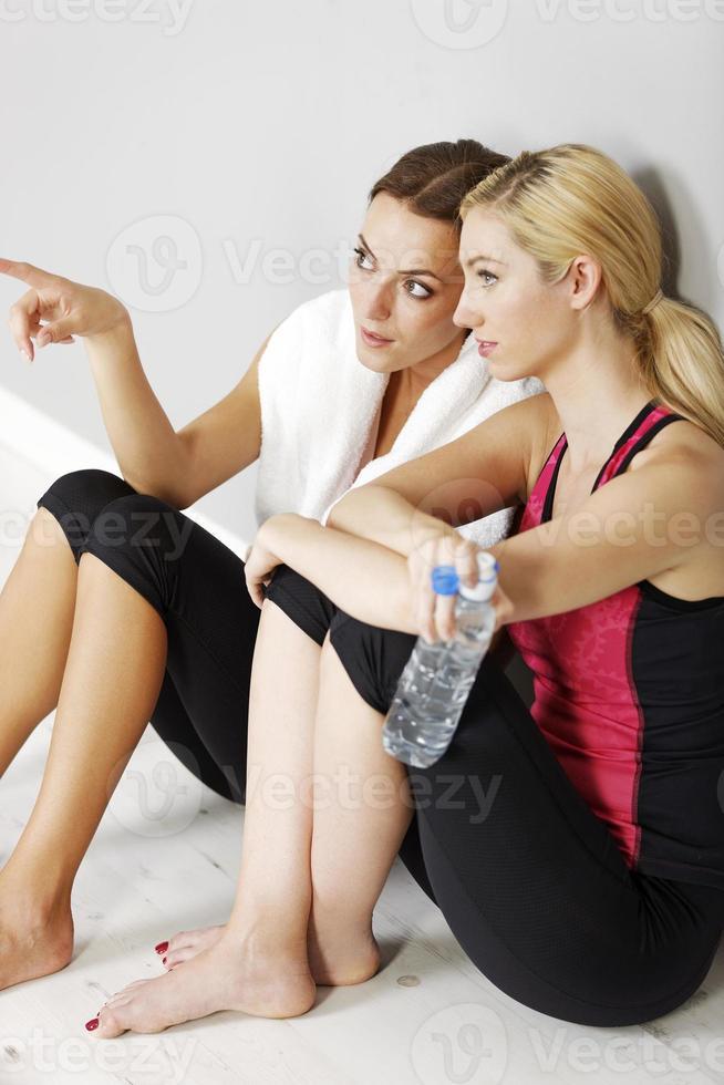 twee vrienden trainen foto