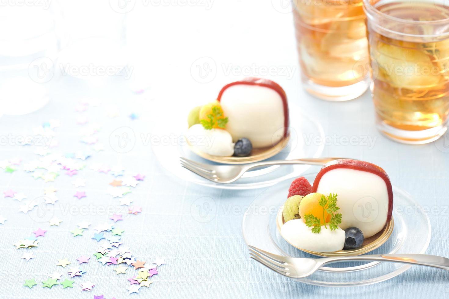 kokos cake en ijsthee foto