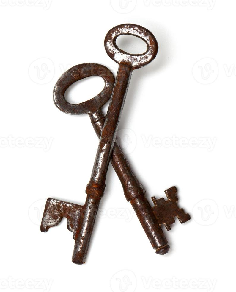 twee oude sleutels foto