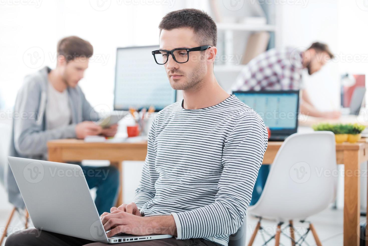we kunnen werken zoals we willen in ons kantoor. foto