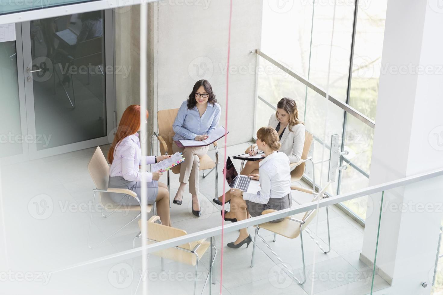vrouwen in het bedrijfsleven foto