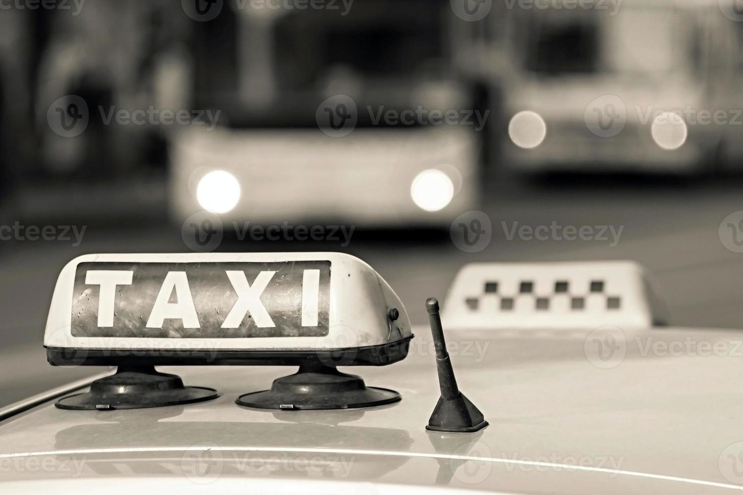 embleem taxi van beige kleur foto