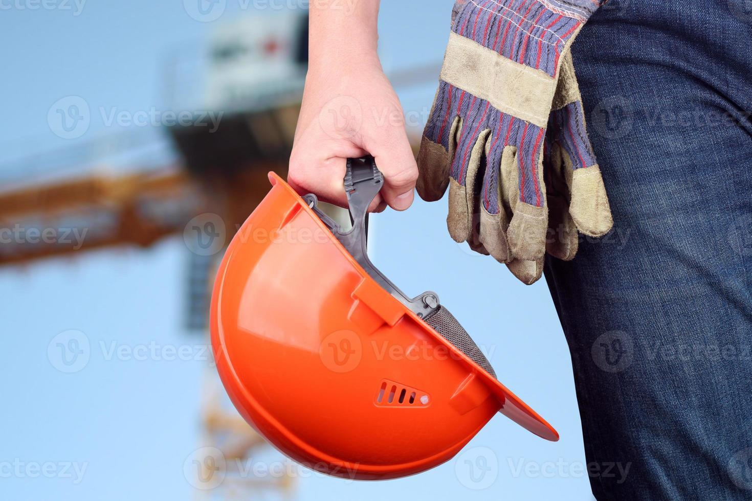 werknemer in een bouwplaats foto