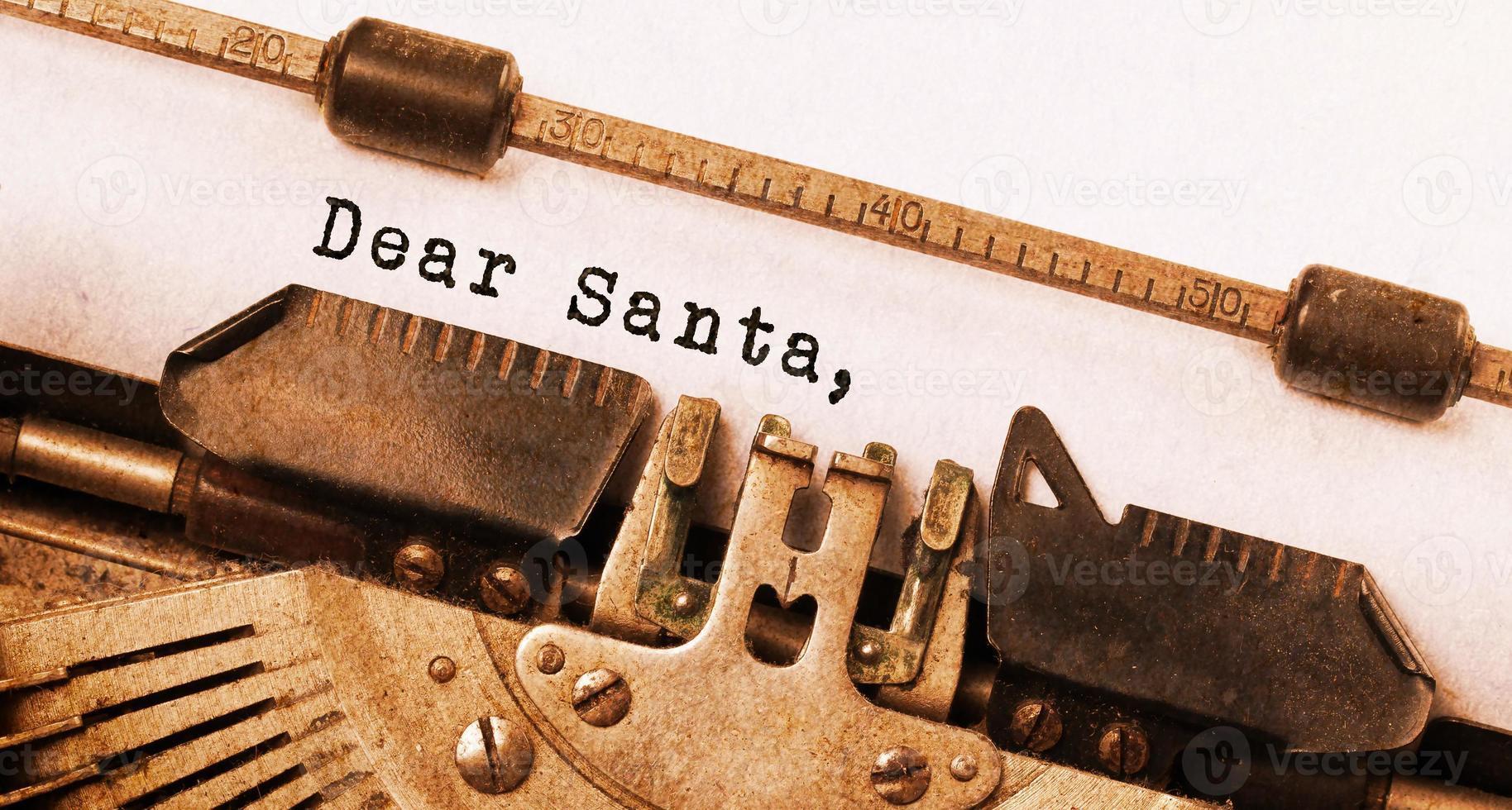 vintage inscriptie gemaakt door oude typemachine foto