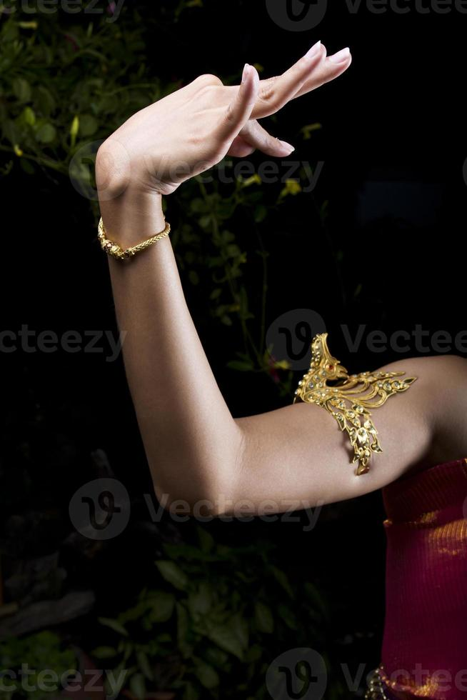 hand van Thaise klassieke danser foto