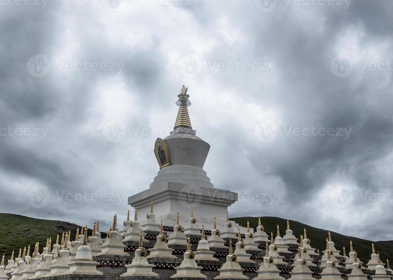 heilige Boeddha tempel in traditioneel Tibet en China foto