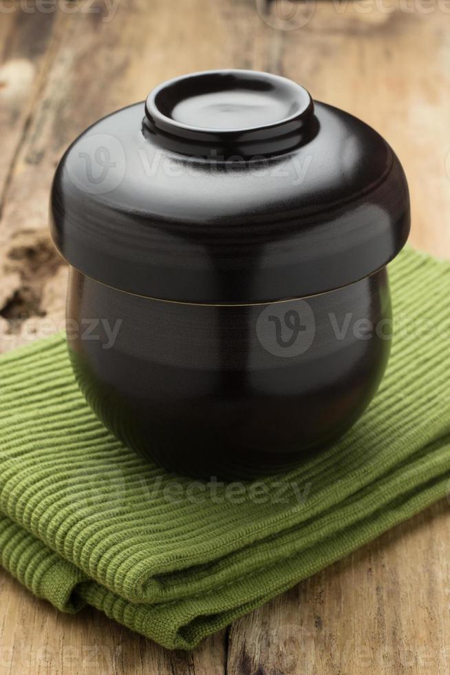 zwarte kop thee foto