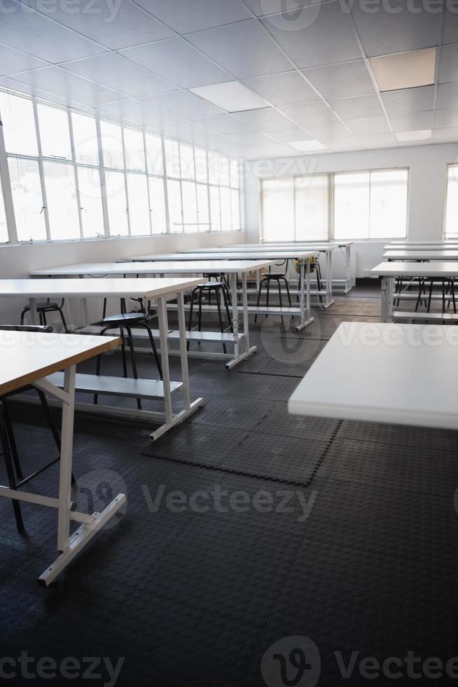 lege klaslokaal foto