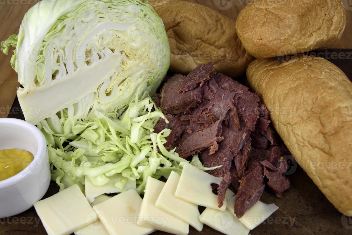 corned beef sandwich ingrediënten foto