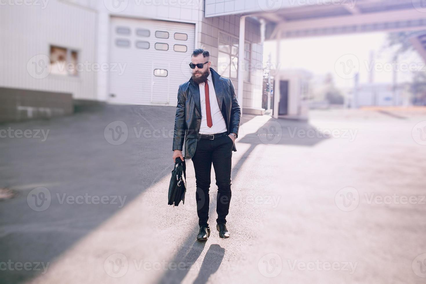 zakenman buiten foto
