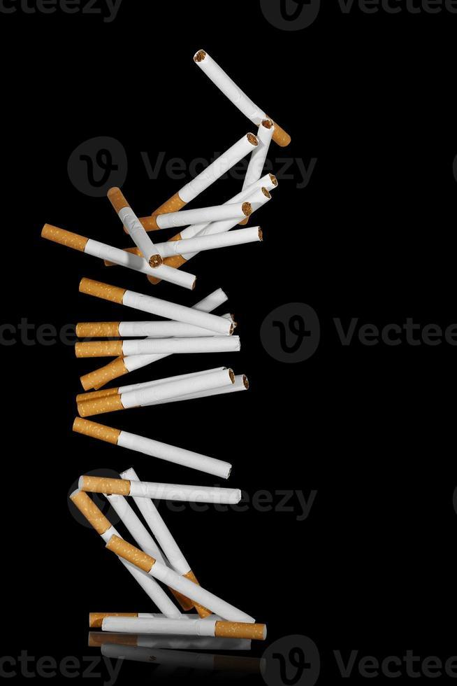 vallende sigaretten foto
