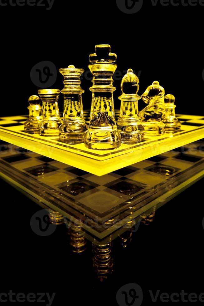glazen schaakspel foto