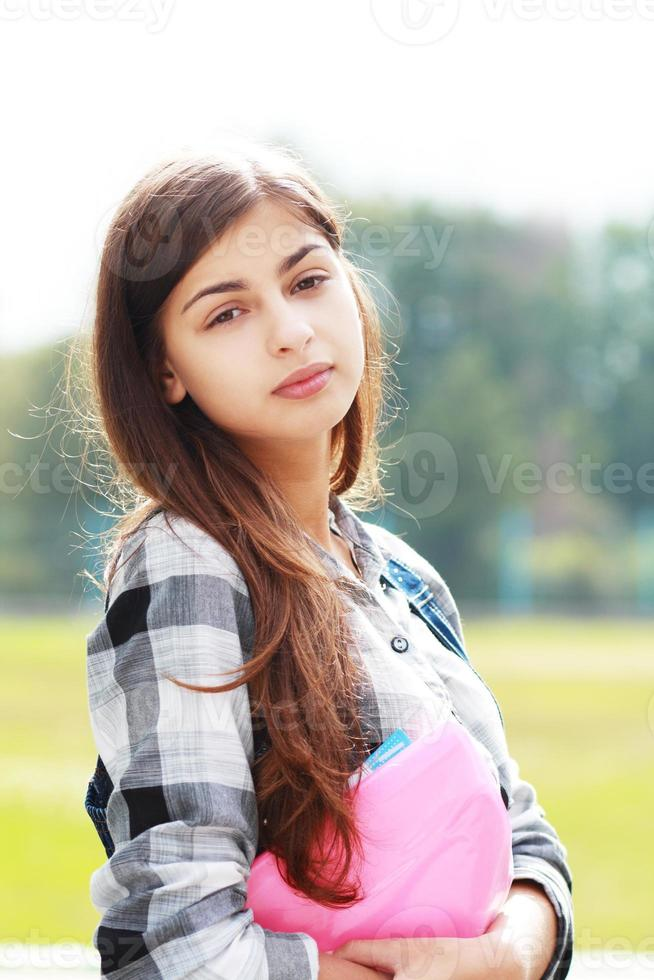 terug naar school tienermeisje openlucht foto