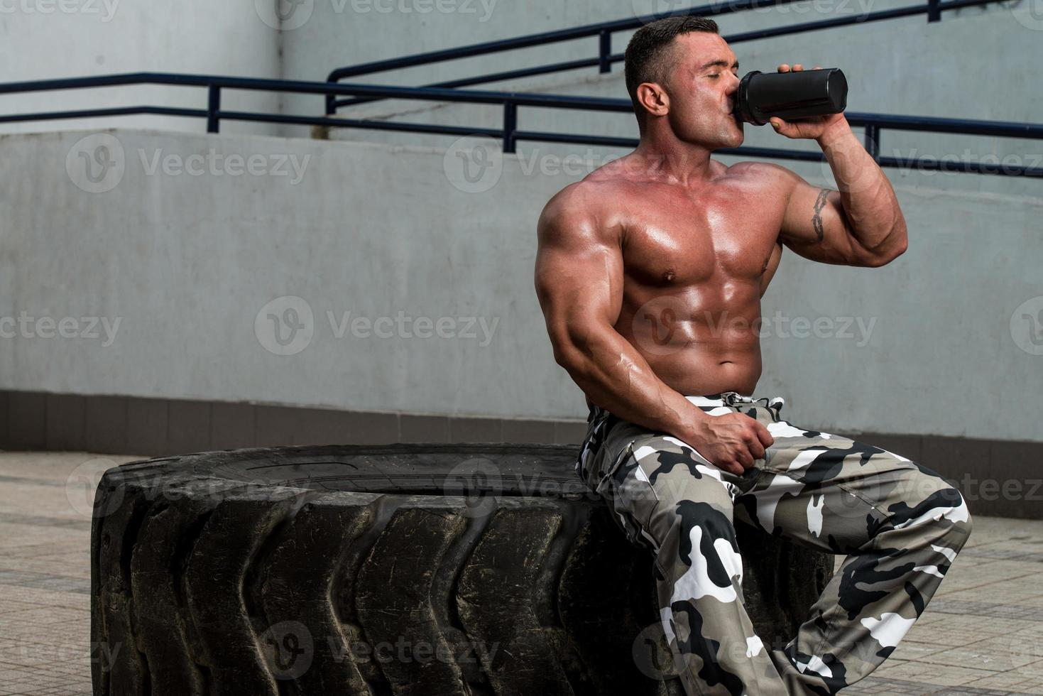 bodybuilder drinken foto