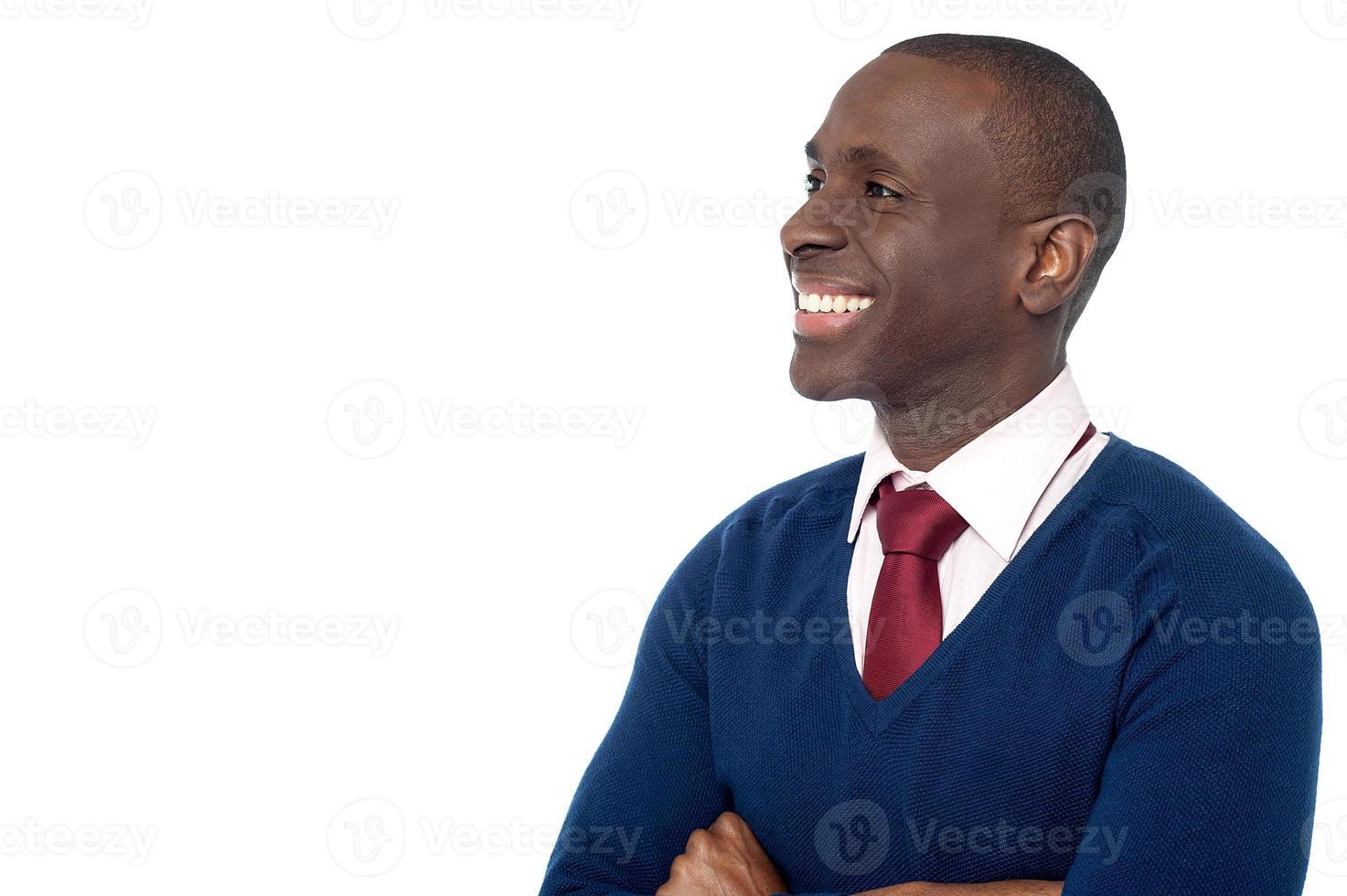 vrolijke corporate man wegkijken foto