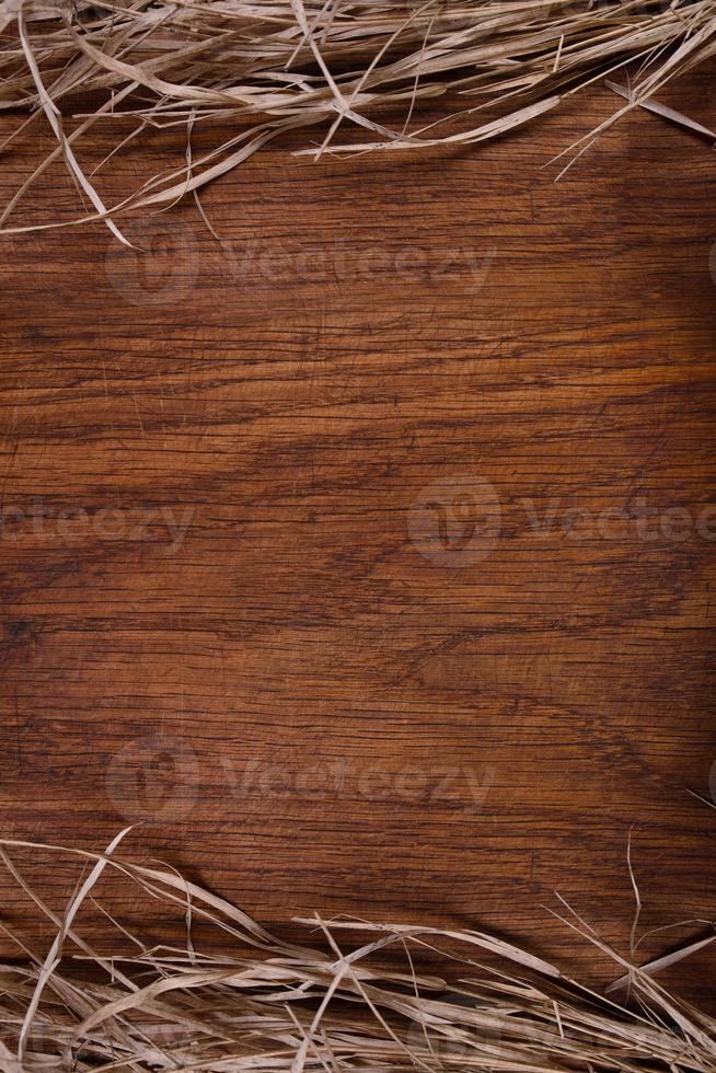 lege vintage houten rustieke snijplank, kopie ruimte voor tekst foto