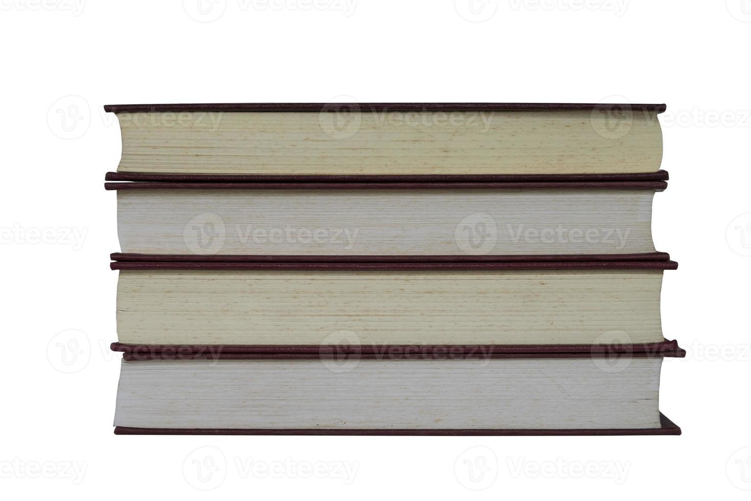 oude boeken die op wit worden geïsoleerd foto