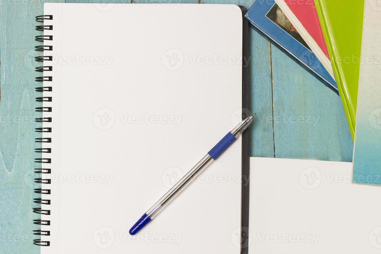 boeken en notitieboekjes foto