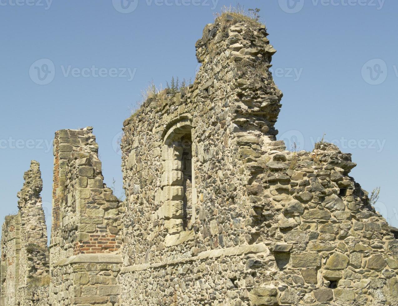 ruïnes van een middeleeuwse priorij foto