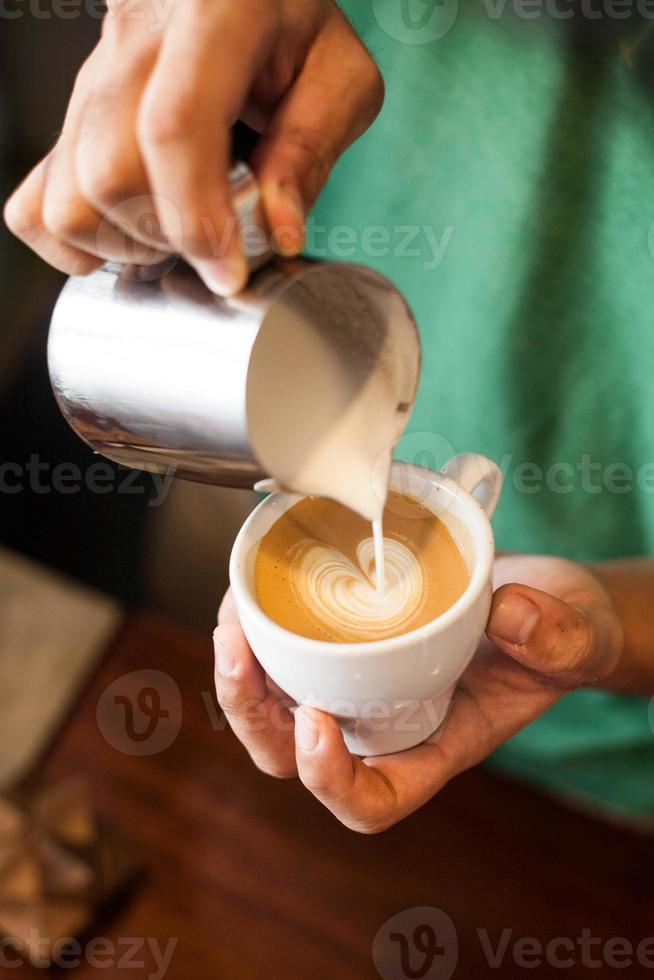 cappuccino met latte art foto