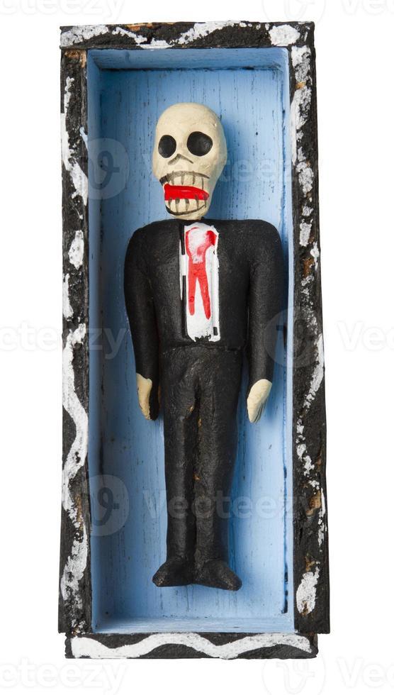 dag van de dode figuur. skelet in kist foto
