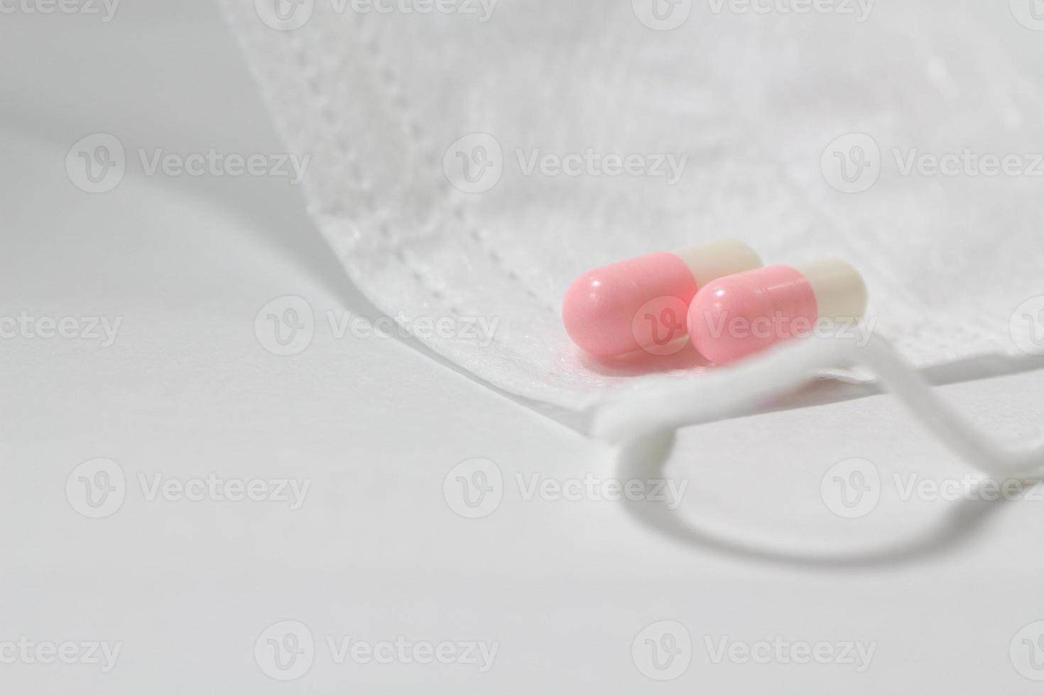 masker en medicijnen foto