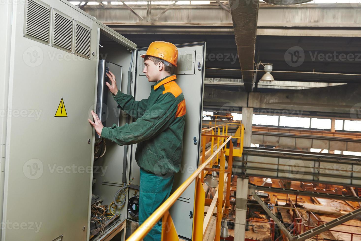 elektricien ingenieur werknemer foto
